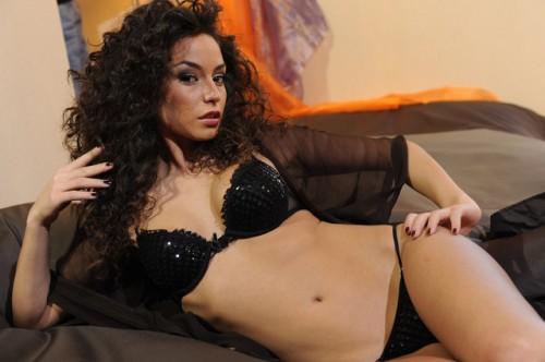 Rafaella-Fico-hot